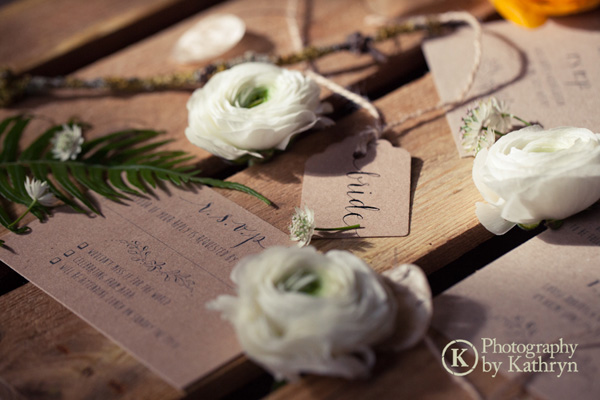 Rustic calligraphy wedding stationery ideas Photography by Kathryn (4)