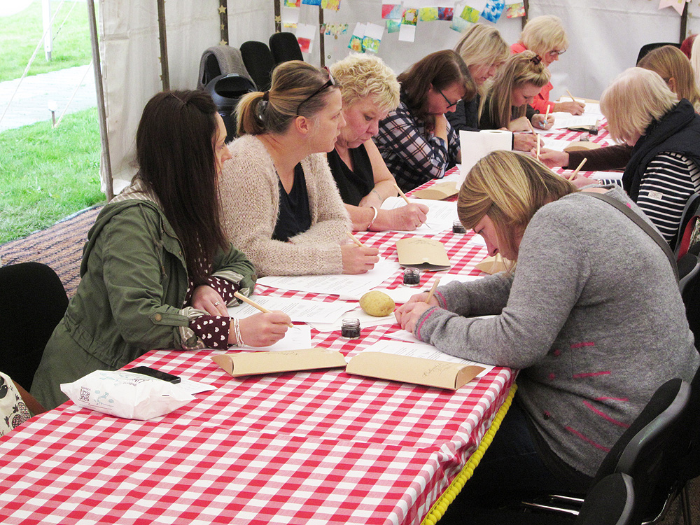 Calligraphy at Kirstie Allsopp's The Handmade Fair 2015 (5)