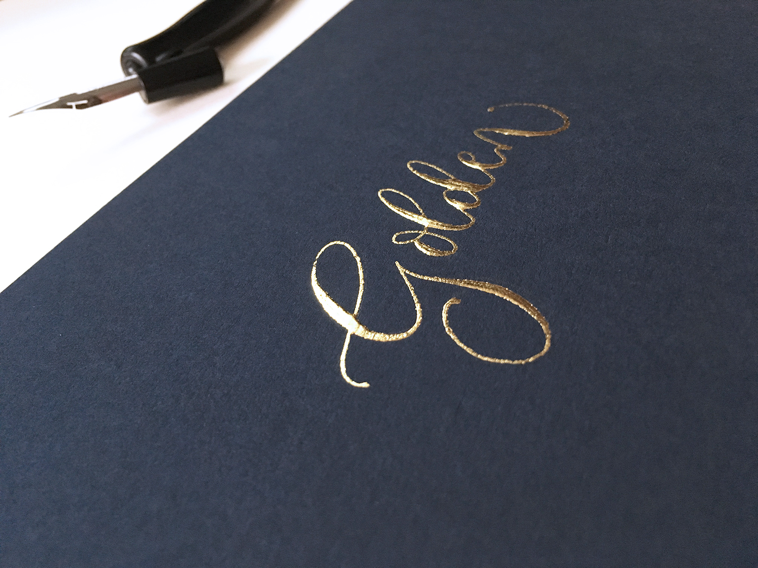 How to write your name in 22 carat gold calligraphy